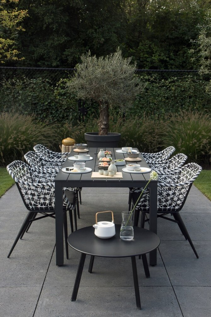 Diningset met design tuinstoelen